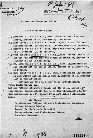 Hans Bernd von Haeften - Criminal case against Haeften in the German People's Court, presided by Judge Roland Freisler