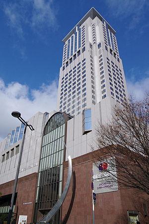 梅田芸術劇場があるちゃやまちアプローズ(大阪市北区)