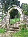 Arched gateway, Chettle Church - geograph.org.uk - 1029992.jpg