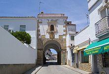 Arco de la Concepción Alcántara.jpg