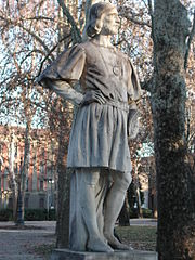 Statue of the poet in Reggio Emilia