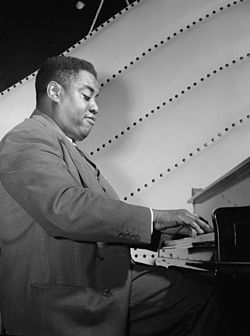 "Art Tatum ""the piano God himself"". Foto William P. Gottlieb, 1946 ca."