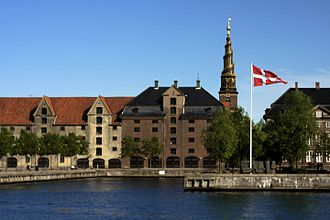 Asiatisk Plads - Asiatisk Plads seen from the water