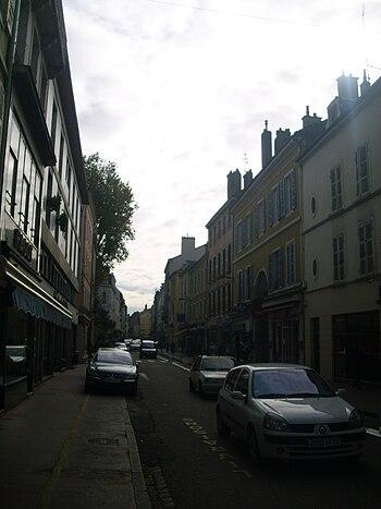 Avenue Général Leclerc à Chalon-sur-Saône.JPG