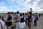 Aviation Photographers Standing beside Runway of Hsinchu AFB 20151121.jpg