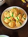 Bánh bao bí ngô Đông Hà 2 (pumkin dumpling).jpg