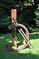 Bad Soden, Alter Kurpark, Skulptur von Vincenzo Baviera, 1993.JPG
