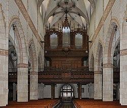 Bad Urach St Amandus Orgel 01a.jpg