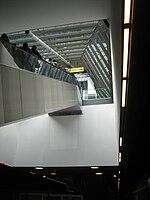 Bahnhof Hannover Flughafen • Rolltreppe zum Terminal.JPG