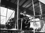 Baron de Caters à la direction de son aéro Voisin, Châlons, 17 avril 1909 (aviation) - (photographie de presse) - (Agence Rol).png