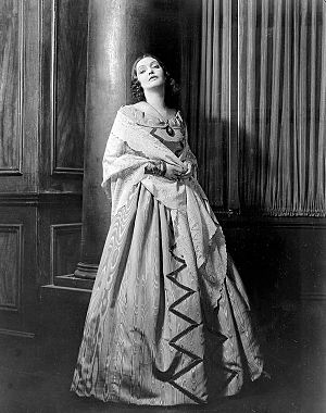Katharine Cornell - Katharine Cornell as Elizabeth Barrett in the original Broadway production of The Barretts of Wimpole Street (1931)