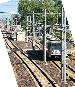 MetroLink (St. Louis) - A view of the MetroLink system passing through Belleville, Illinois.