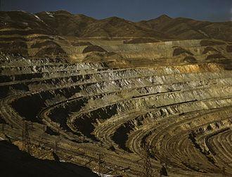 Kennecott Utah Copper - Bingham Canyon in 1942