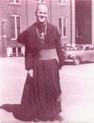 Adolph John Paschang - Bishop Adolph Paschang in Jiangmen (1950)