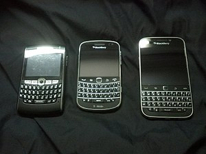 BlackBerry 8820, BlackBerry Bold 9900 and BlackBerry Classic.jpg