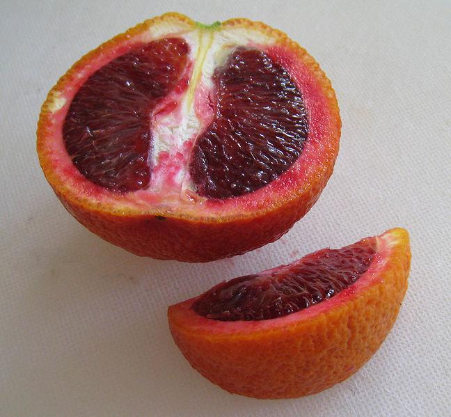 پرونده:Blood orange sliced.jpg
