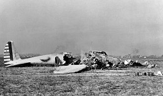 Boeing B-17 Flying Fortress - Crashed Model 299