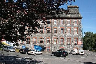 Buckfastleigh - Image: Buckfastleigh Hamlyn House geograph.org.uk 892810