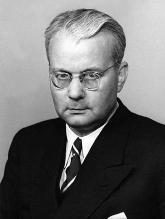West German federal election, 1953 - Image: Bundesarchiv B 145 Bild P001512, Franz Blücher 2