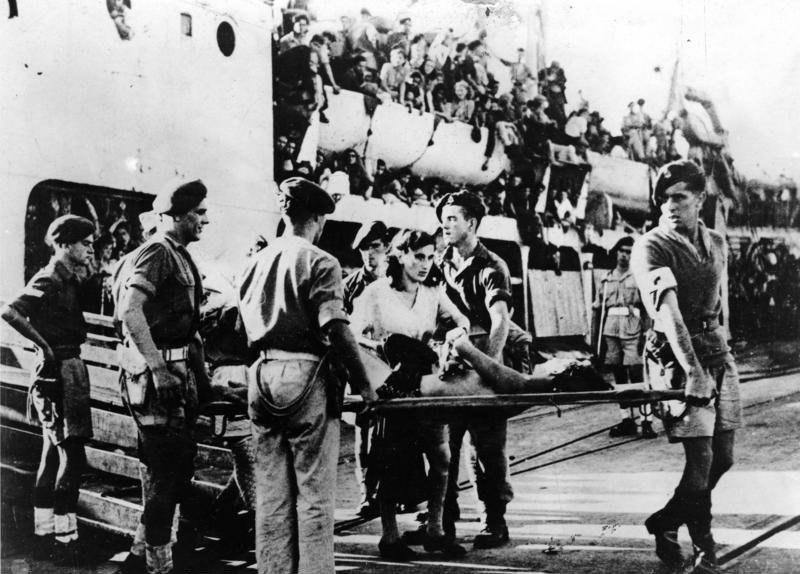 """Bundesarchiv Bild 183-2007-0220-504, Haifa, Einwandererschiff """"Jewish State"""""""