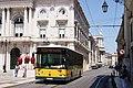 Bus de Lisbonne (Portugal) (5911017675) (3).jpg