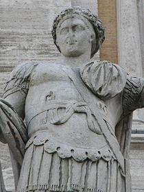 Campidoglio, Roma - Costantino II cesare dettaglio.jpg