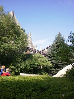 Thunder Run (Canadas Wonderland) roller coaster