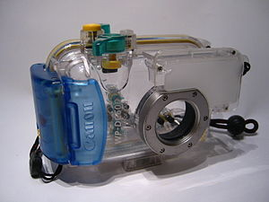 Underwater photography - Watertight housing Canon WP-DC600 for IXUS v2