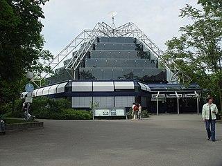 Carl-Zeiss Planetarium Stuttgart.JPG