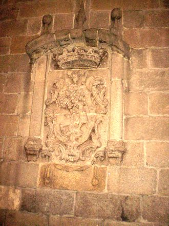 Coat of arms of Madrid - Coat in la Casa del Pastor, in calle de Segovia, considered as the oldest in the city