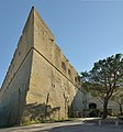 Castel Sant Elmo Napoli lato nord ingresso.jpg
