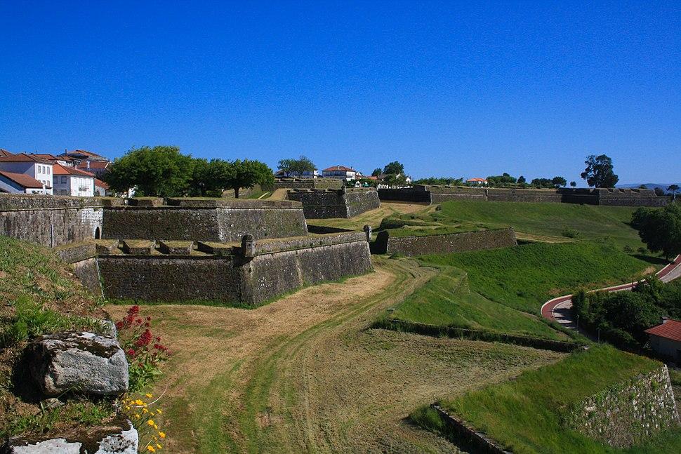 Castelo de Valença (15297980463)