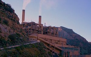 Fossil fuel power station - Image: Castle Gate Power Plant, Utah 2007