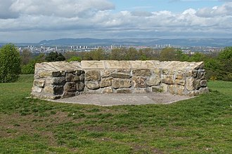 Cathkin Braes - Stone viewpoint within the park