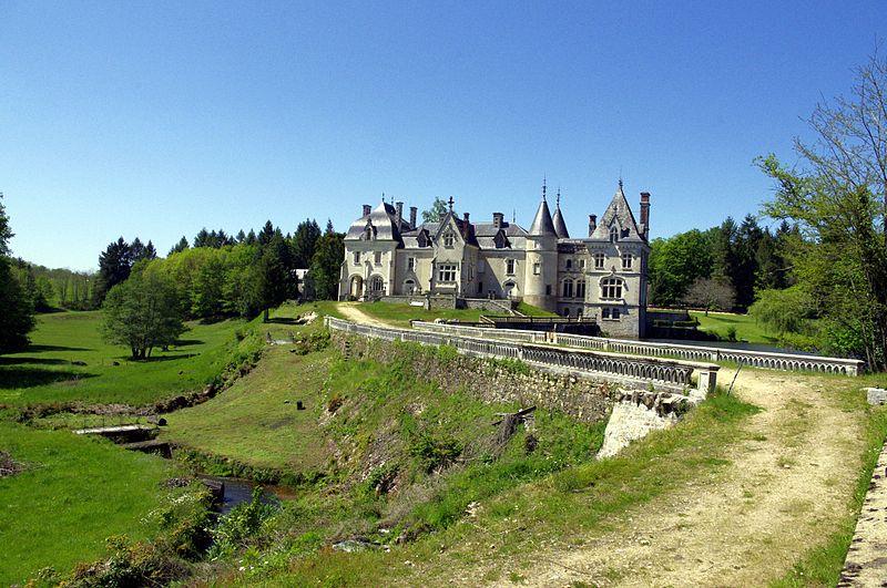 Château Martine 7 décembre - bravo Ajonc 800px-Chateau-Rocher_05