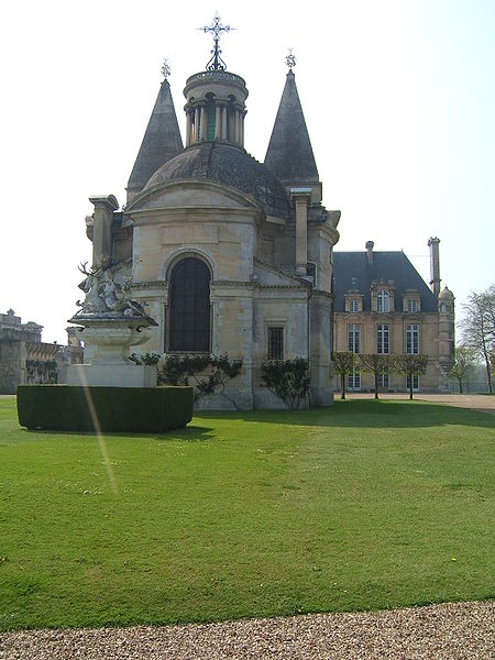 Fichier:ChateaudAnetChapelle01.jpg