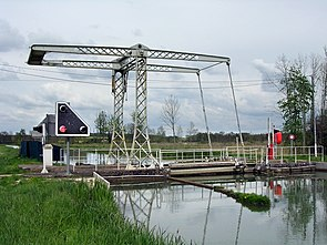 Cheuge Côte-d'Or Pont-canal.jpg