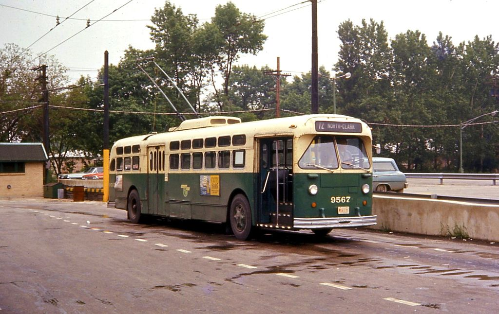 Px Chicago Trolley Bus North Narragansett Loop
