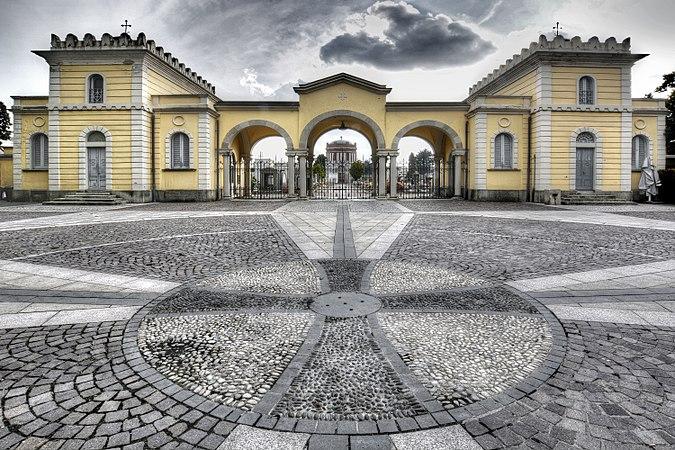 Cimitero Monumentale Legnano.jpg