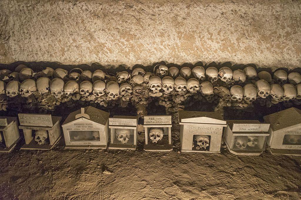 Cimetière de la Fontanelle dans le quartier Sanita / Matterdei à Naples - photo de Dominik Matus