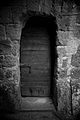 Civita di Bagnoregio - abandoned house (5783591232).jpg