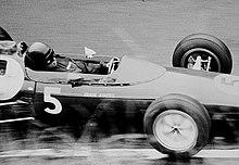 Jim Clark pilotant une Lotus 25 au Grand Prix d'Allemagne 1962.