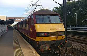 Virgin Trains East Coast - Image: Class 90 at Wakefield Westgate