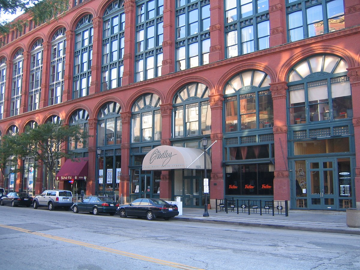 What Restaurant Is At  W Th Cleveland Ohio