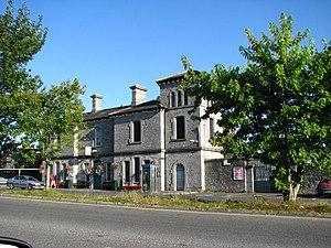 Clonmel railway station - Image: Clonmel railway station geograph.org.uk 552663