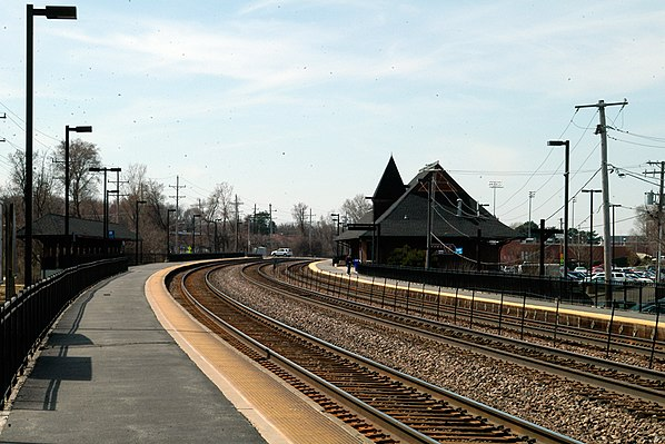 College Avenue station (Illinois)
