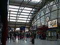 Concourse at Liverpool Lime Street railway station 02.jpg