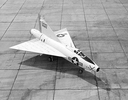 的第一架三角翼飞机