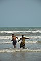 Couple with Sea Waves - New Digha Beach - East Midnapore 2015-05-01 8722.JPG