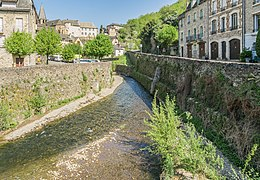 Coussane River in Estaing 01.jpg